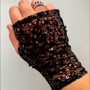 Mimco lace fingerless gloves